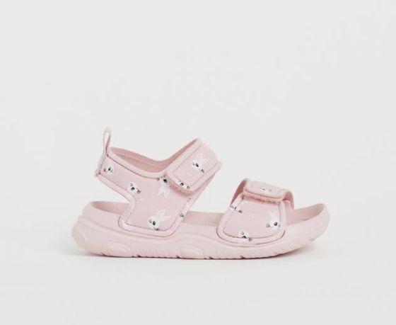 Продам детские сандалики (новые)