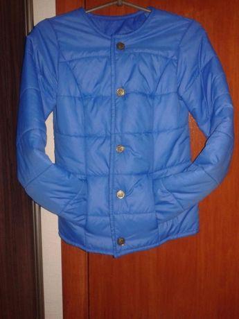 Синяя куртка короткая весна весенняя
