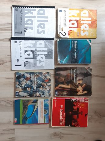 Sprzedam książki widoczne na zdjęciu