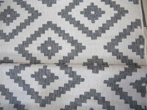 Dywan pokojowy we wzory geometryczne 120x160
