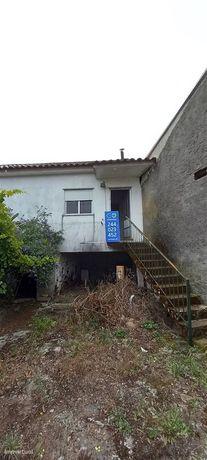 Moradia T2 para restaurar - Figueiró dos Vinhos, Leiria