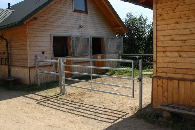 Bramy łąkowe dla koni
