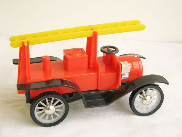 Игрушка СССР Пожарная машинка ретро