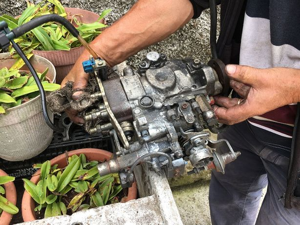 Bomba Injetora Bosch - peugeot 106 / citroen saxo diesel (com bloco)