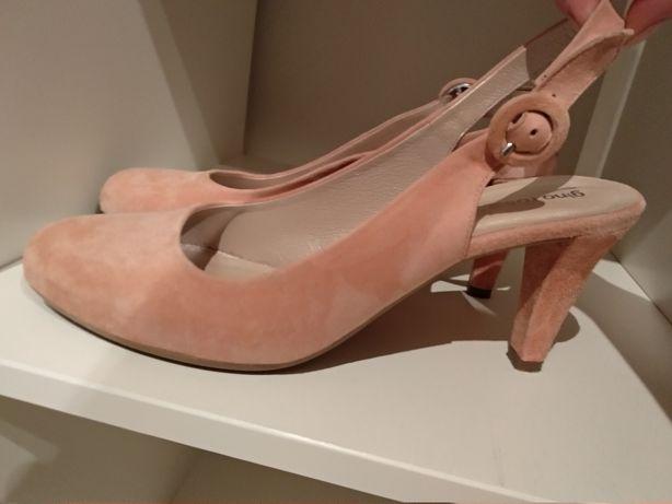 Sandały Gino Rossi różowe 38,5