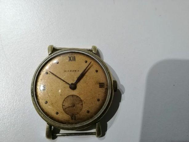 Relógio antigo suíço