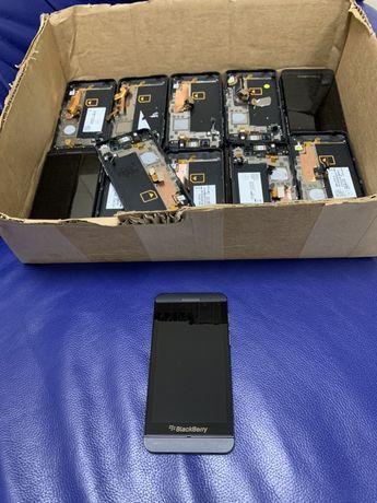 Екран (дисплей) Blackberry Z10