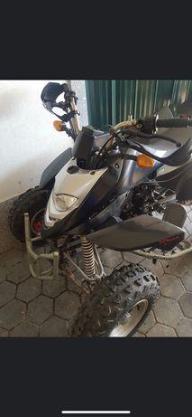 Troco moto 4  250cc por carro clássico  ou Mota de água .