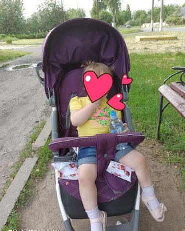 Недорогая прогулочная коляска для детей CARRELLO Quattro CRL-8502/2