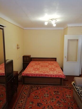 Аренда 1 к.квартиры в центре на длительный срок.