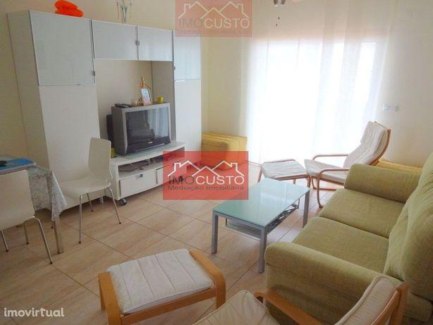 AFT1-578 Apartamento T1 em condomínio com piscina, Altura