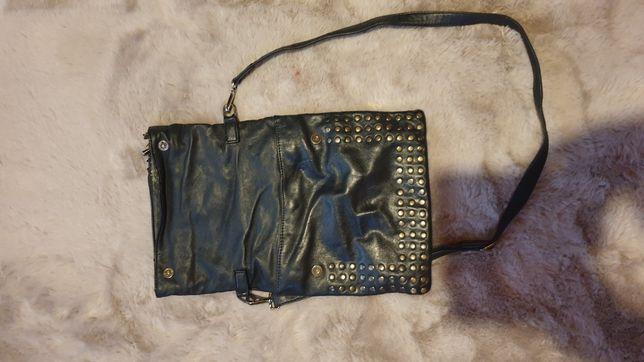 Czarna praktyczna torebka skórzana- darmowa wysyłka