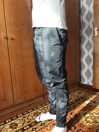 Спортивные штаны Nike S Nsw Te Wvn Ul Commuter Pant