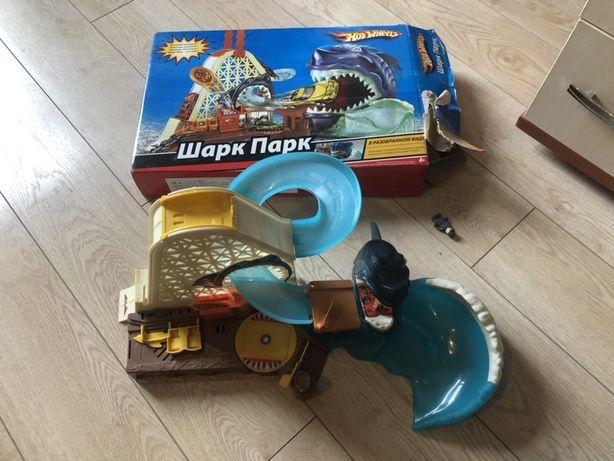 Hot Wheels Shark Park