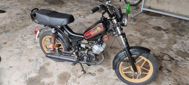 Moto Casal Boss 2
