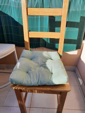 Cadeiras madeira com almofada ikea