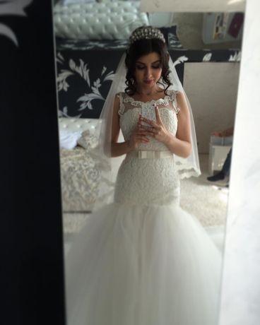 Продам весільну сукню , плаття