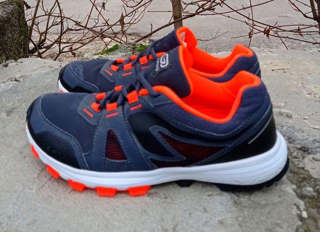 Оригинальные кроссовки Kalenji 38 размер