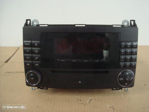 Auto-Radio Mercedes-Benz A-Class (W169)