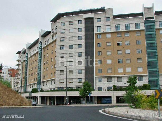 Apartamento T2 com garagem Quinta dos Barros