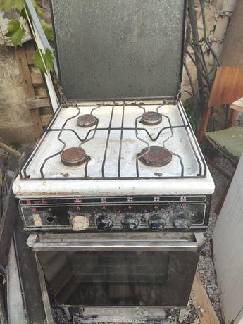 Продам газовую печь  ВЕСТА