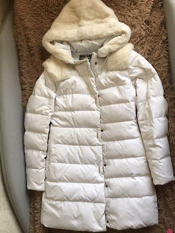 Белый пуховик 42-44 куртка пальто бежевое