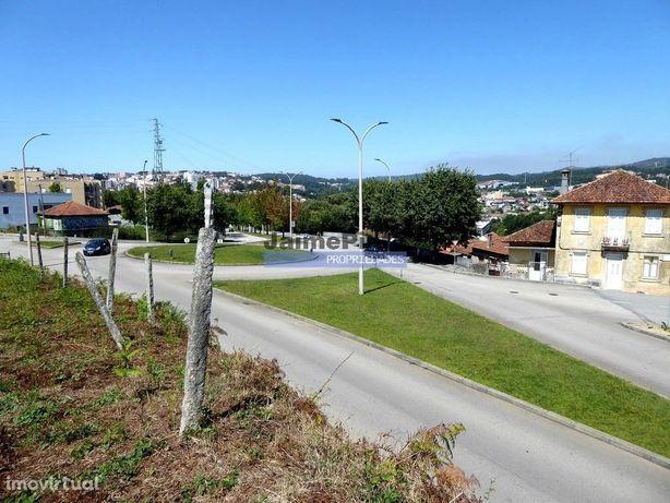 Terreno p/ construção de Moradia ou Apartamentos. Portugal, S. João...
