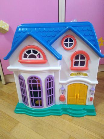 Детский кукольный домик с мебелью
