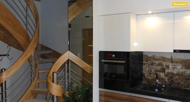 LUX Apartament Dwupiętrowy z Garażem na doby w Centrum Zielonej Góry