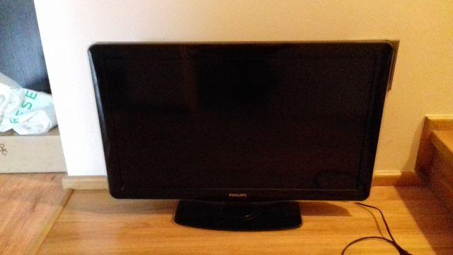 "Telewizor płaski TV LCD 32"" cale PHILIPS, sprawny"
