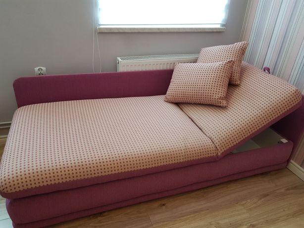 Tapczan łóżko wersalka sofa