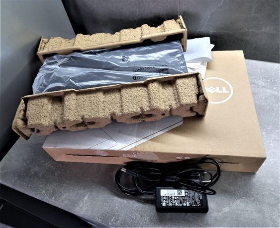Ноутбук Dell Intel/SSD 250Gb/GF GT 820 2Gb/4Gb
