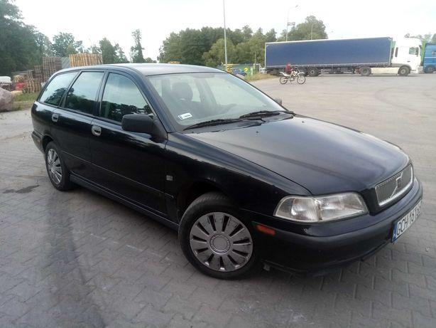 Volvo V40 1,8 benzyna 1999r klima zarejestrowany