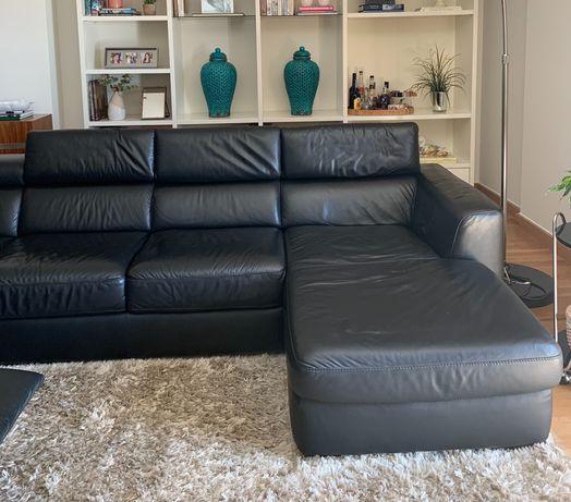 Sofá pele preto Divani Divani com chaise longue e poltrona reclinável