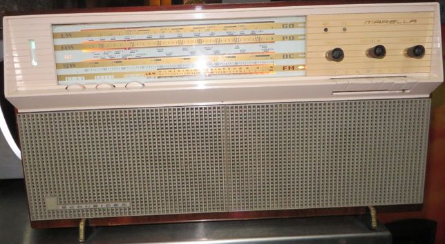Rádio Schneider, modelo Marella D 27