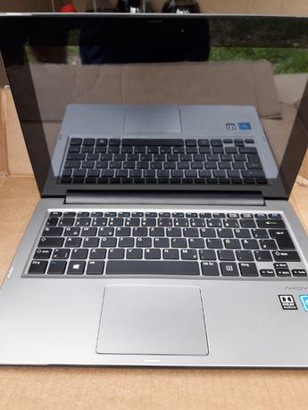 Продам Ноутбук-Новий.