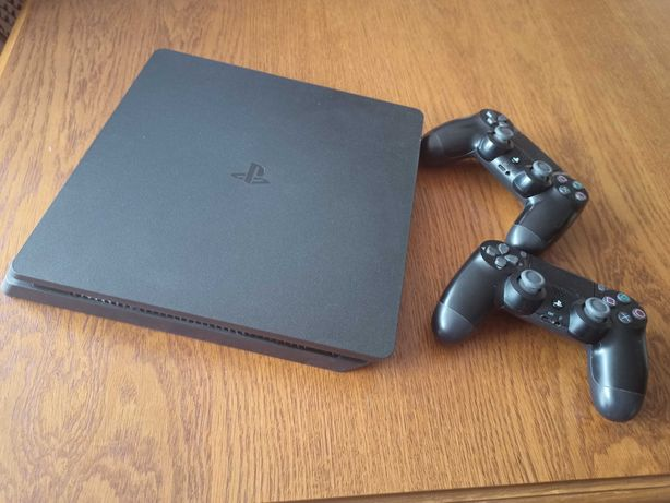 Playstation 4 Slim 500 GB 2 pady ps4