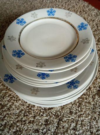 Набор тарелок с позолотой