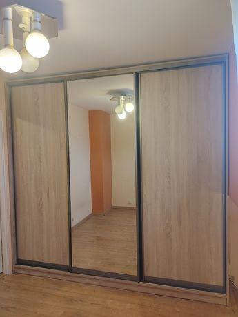 Szafa 3 drzwiowa z lustrem 2.5x 2.4m x 70