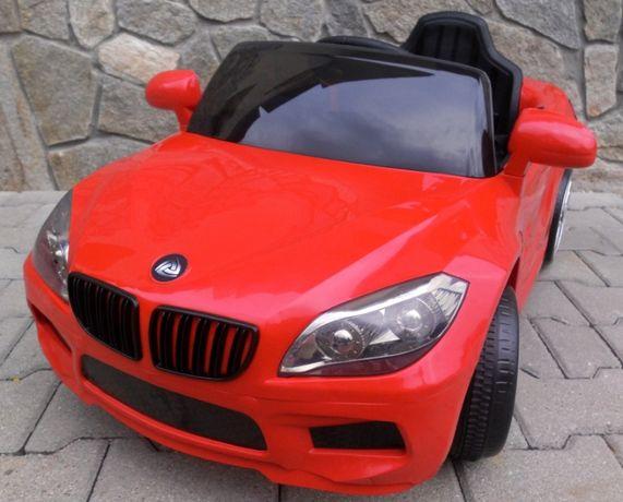 Samochód Beta na akumulator dla dzieci otwierane drzwi Pilot