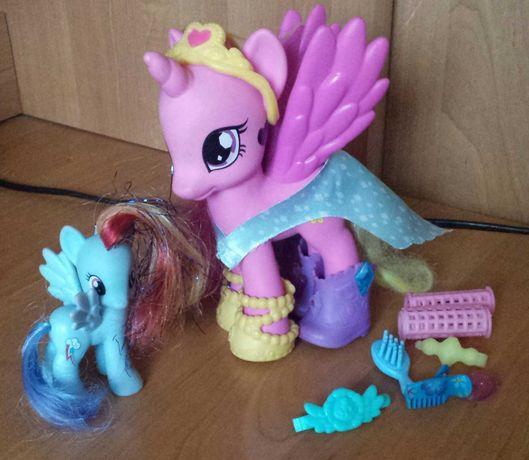 Kucyki Pony -Cadens ,  Rainbow Dash  i aksesoria.