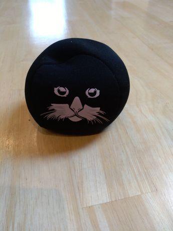 Sprzedam piłkę kota