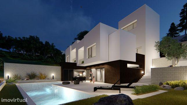 Moradia de arquitetura moderna e com piscina