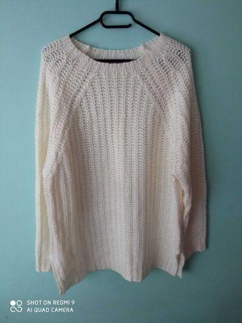 Sweterek biały r. 44