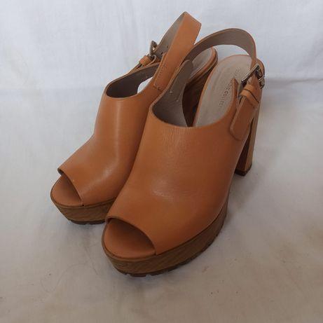 Salto alto sandália Zara