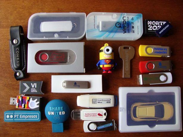 18 Pens usb incluindo Minion Superman, Opel, Toyota