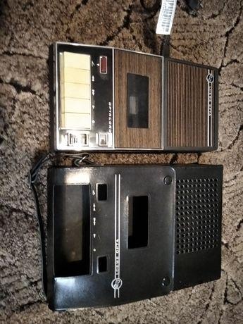 Stary radiomagnetofon