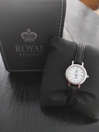Продам срочно наручные женские часы в хорошем состоянии