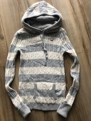 Hollister ciepły sweter z kapturem roz M