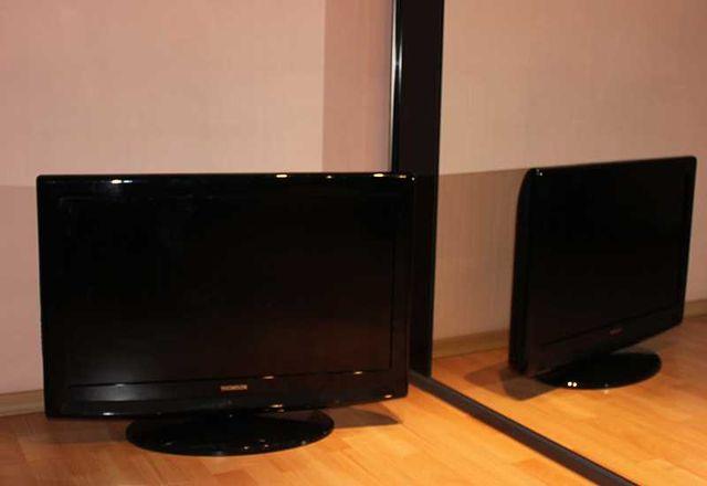 Sprzedam telewizor Thomson LCD 32 cale